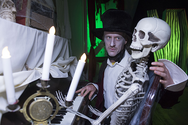 "Free Pic no repro fee  Lord Ghoulsley  pictured at Lord Ghoulsley's Manor, Cuskinny Court in Cobh.  A Halloween spell has transformed the Georgian Manor House & Estate into ""Lord Ghoulsley's Manor"", an interactive and immersive Halloween experience running from 23rd October until 1st November 2015 from 2pm to 8pm each day.   see https://www.ghoulsleysmanor.com/ Pictures by Gerard McCarthy 087 8537228   more info contact  Renate Murphy 086 8145462"